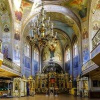 балконы внутри церкви :: Георгий