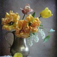 Последнее танго желтых тюльпанов :: Наталия Тихомирова