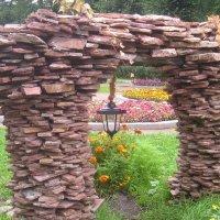каменные ворота :: Димончик