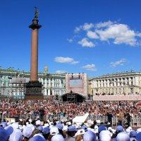 ВЫступление сводного хора ( 2000 человек ) на Дворцовой площади :: Наталья Лунева