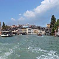 Венеция. Один из новых мостов :: Татьяна Ларионова