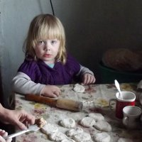 Помощница :: Светлана Рябова-Шатунова