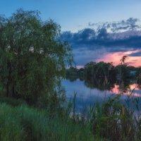 Майский вечер у реки... :: Александр К.
