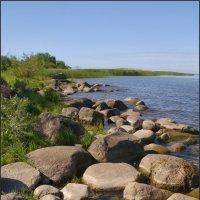 Валуны у берега :: lady v.ekaterina