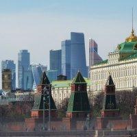 Башни.... башни...  небоскрёбы... небоскребы.. :: Galina Leskova