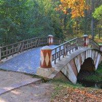 Гротесковый мост в Царицыно :: Константин Анисимов
