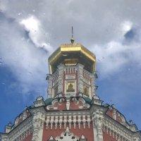 Вид из окна в потолке :: Ирина Бруй