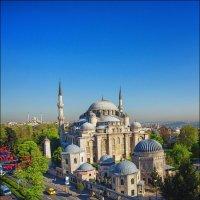 Мечеть Шехзаде в лучах восходящего солнца :: Ирина Лепнёва