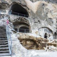 пещерный город Вардзия, Грузия :: Лариса Батурова