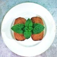 Пирожные и мята :: Екатерина Ермилова