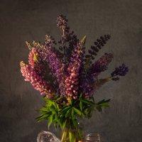 натюрморт с цветами и черешней :: Evgeny Kornienko