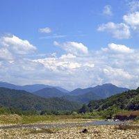 В долине реки Малый Псеушхо :: Леонид