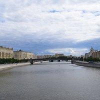 А Москва-река бежит куда-то..... :: Galina Leskova