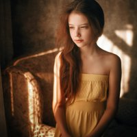 Портрет в интерьере :: Сергей Пилтник
