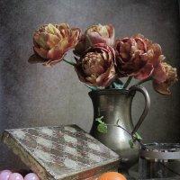 "Королевские тюльпаны ""Brownie"" :: Наталия Тихомирова"