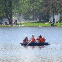 В мае на пруду :: Дмитрий Никитин