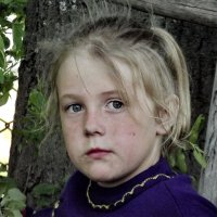 Деревенская девочка Алёна :: Светлана Рябова-Шатунова