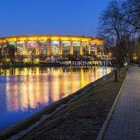 Олимпийский в Москве :: Юлия Батурина