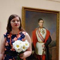 На фоні портрета :: Степан Карачко