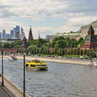 Вид с Большого Москворецкого моста :: Марина Шанаурова (Дедова)