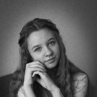 Полина :: Ирина Лесиканич