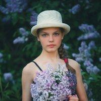 Сирень в цвету. :: Марина Кузьмина