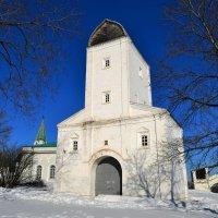 Водовзводная башня в Коломенском :: Константин Анисимов