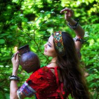 Девушка с кувшином :: Тамара Рубанова
