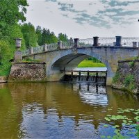 Лето у Висконтиева моста... :: Sergey Gordoff
