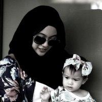 Мадонна с ребенком  Никольская :: олег свирский