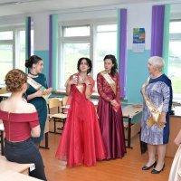 Кабы я была Царица, говорила выпускница... :: Владимир Куликов