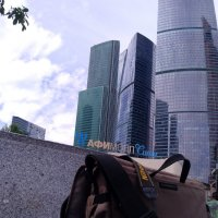 Фотоаппарат NIKON 5200 на красивом фоне.... :: Дмитрий Петренко