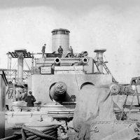 "USS ""Florida"" ( BB -30).американский дредноут, установка башен ГК. :: Александр"