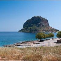 Монемвасия - остров в Греции. :: Lmark
