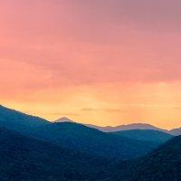Рассвет в горах. :: Олег Бабурин