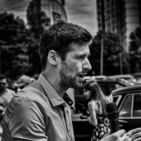Мы ведем наш репортаж из... :: Владимир Брагилевский