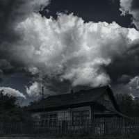 Я больше не вернусь в свой старый дом, ведь дома моего давным-давно уж нет ... :: Евгений Юрков