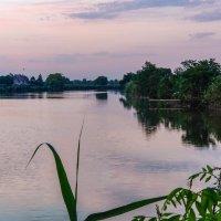 Рассвет на реке Журавка :: Валерий Ткаченко