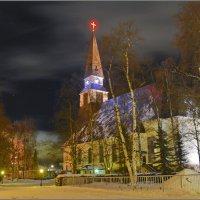 Рованиеми. Евангелическо – лютеранская церковь ночью :: Сергей Никитин