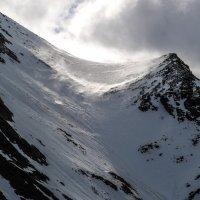 снежние скалы :: Георгий
