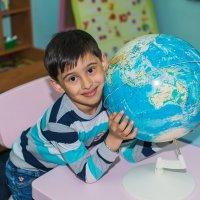 Весь мир в моих руках :: Виктория Гавриленко