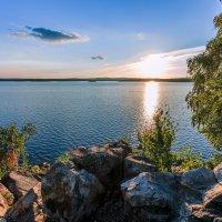 по камешкам к озеру :: Василий И Иваненко