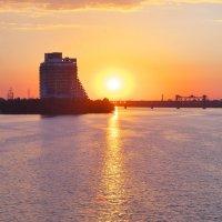 закат над Днепром :: Алексей