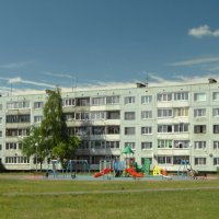 уютный поселок... :: Михаил Жуковский