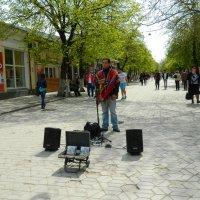На улицах Симферополя! :: ирина