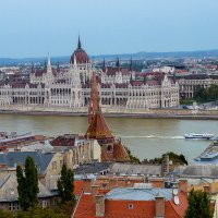 Самый красивый город на Дунае :: Olga F