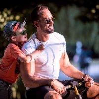 Miguel mit Sohn :: Ivans Bobrovs