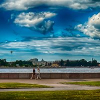 Питер с шариком и кукурузой :: Юрий Плеханов