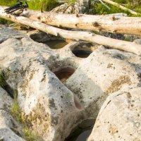 Вот что вода делает с камнем. :: Вадим Басов