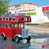 """Английский"" автобус. :: Александр Зуев"